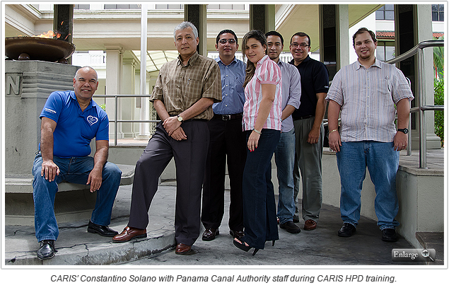 CARIS' Constantino Solano with Panama Canal Authority staff during CARIS HPD training.